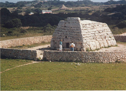 Naveta d'Es Tudons ~ Built By Giants Found In Menorca? Tudons06